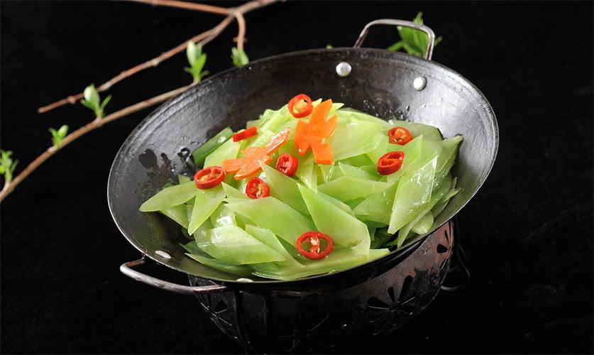 119干锅花肉香莴笋 (1)